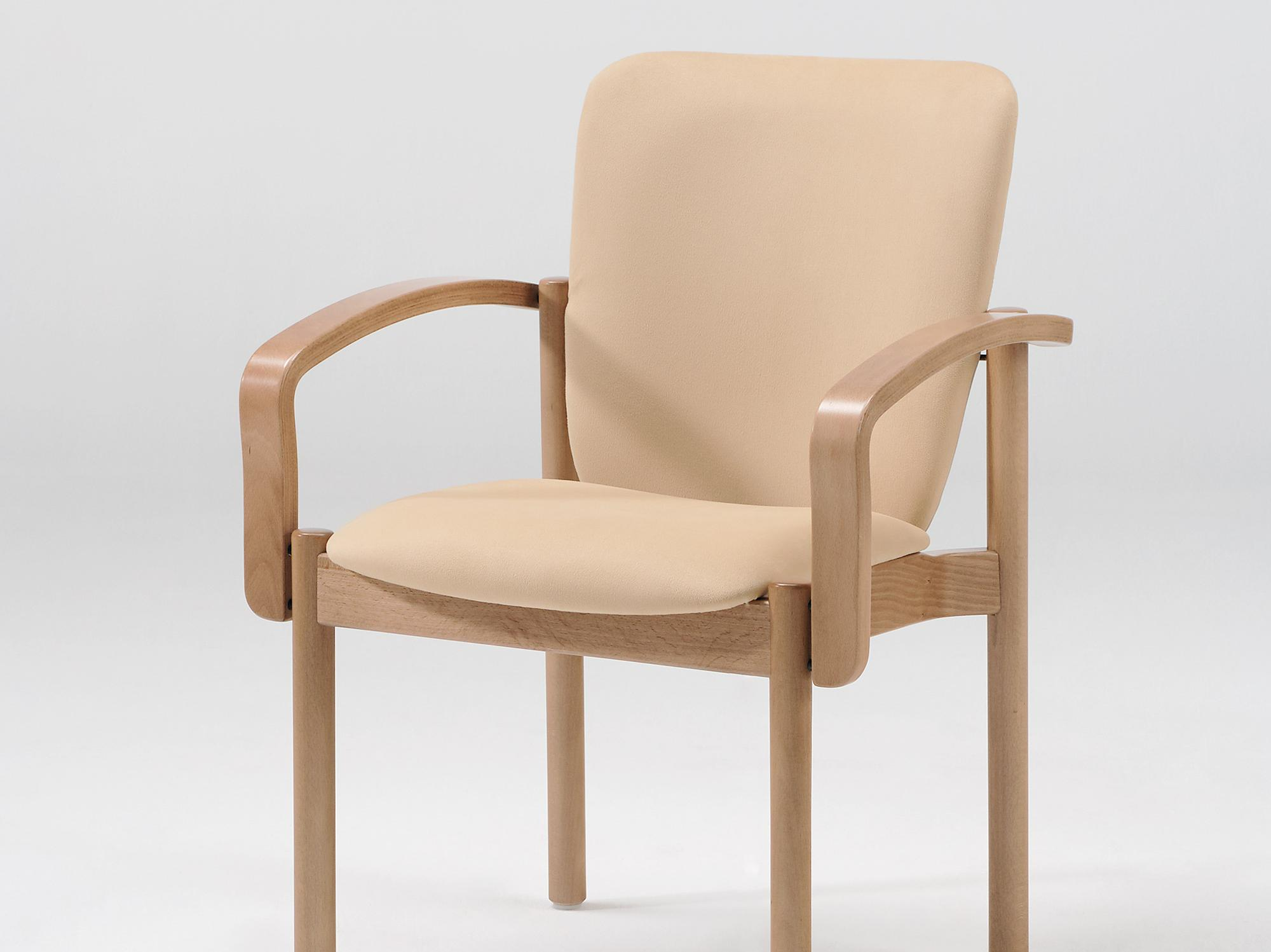 The Optimo model as a stacking armchair without handle