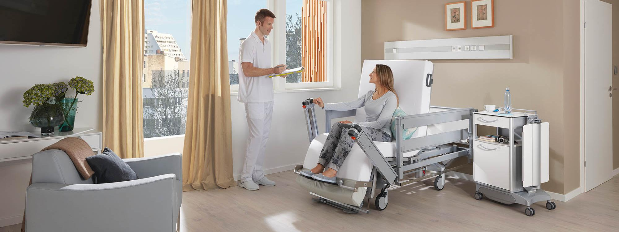 Comfort in the elective service unit with the Vertica clinic mobilisation bed