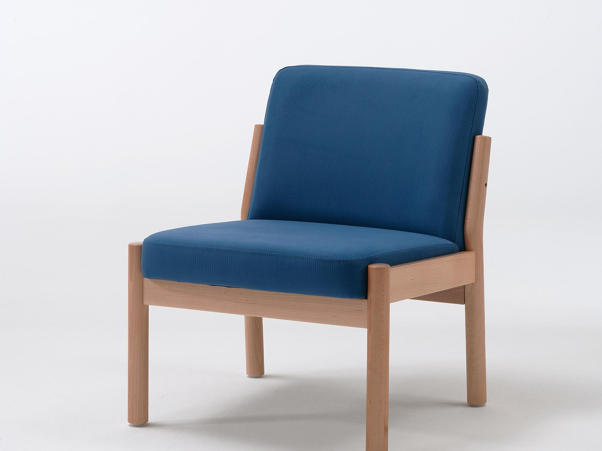 The Primo model as an easy chair