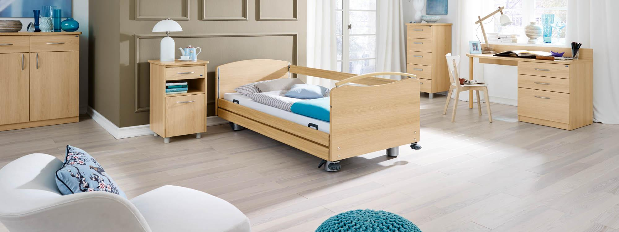 Full-length safety sides on the Libra care bed