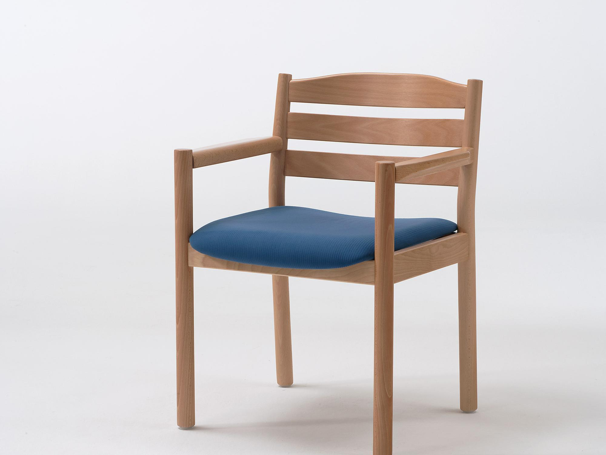 The Primo as an armchair with non-upholstered back