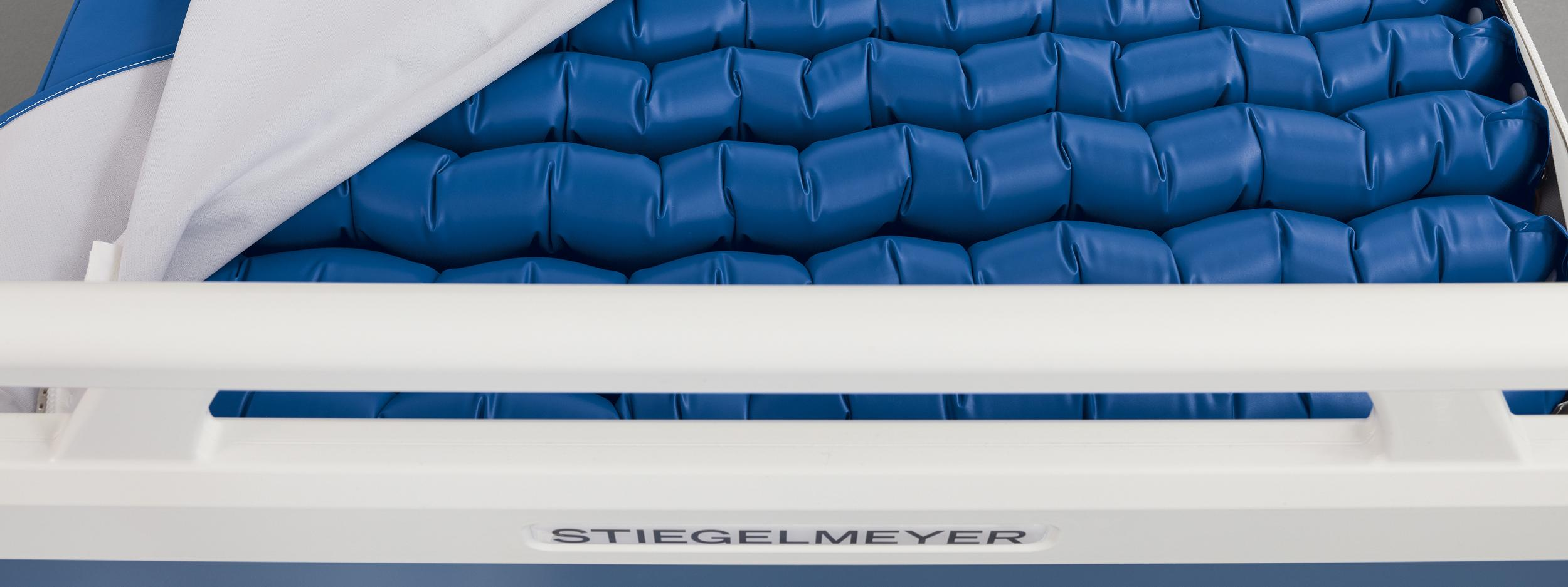 Low air loss feature of the Aero4 system air cell mattress