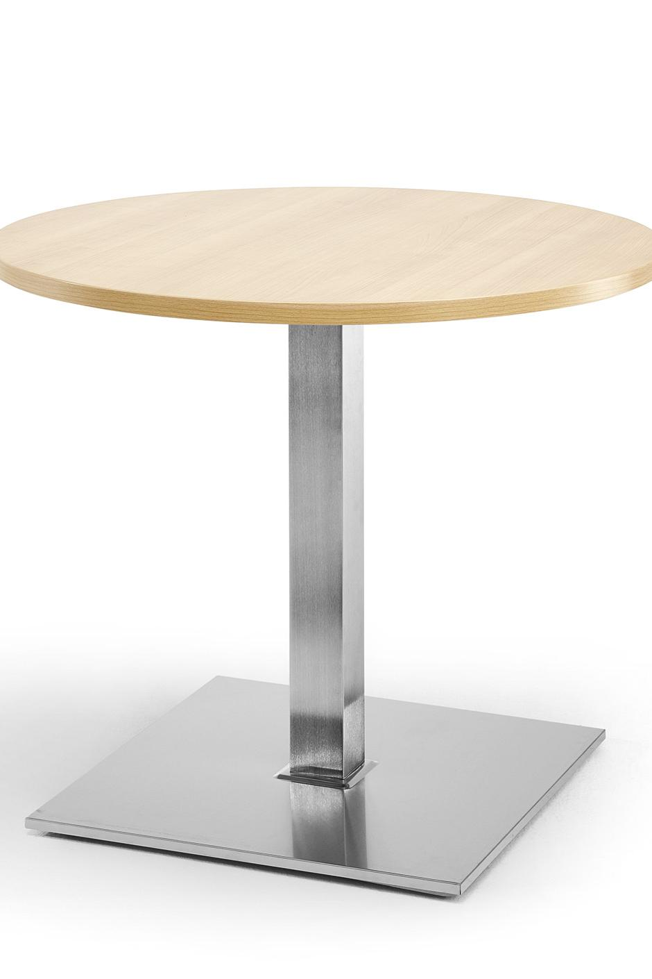Column-leg table as a bistro table with round table top