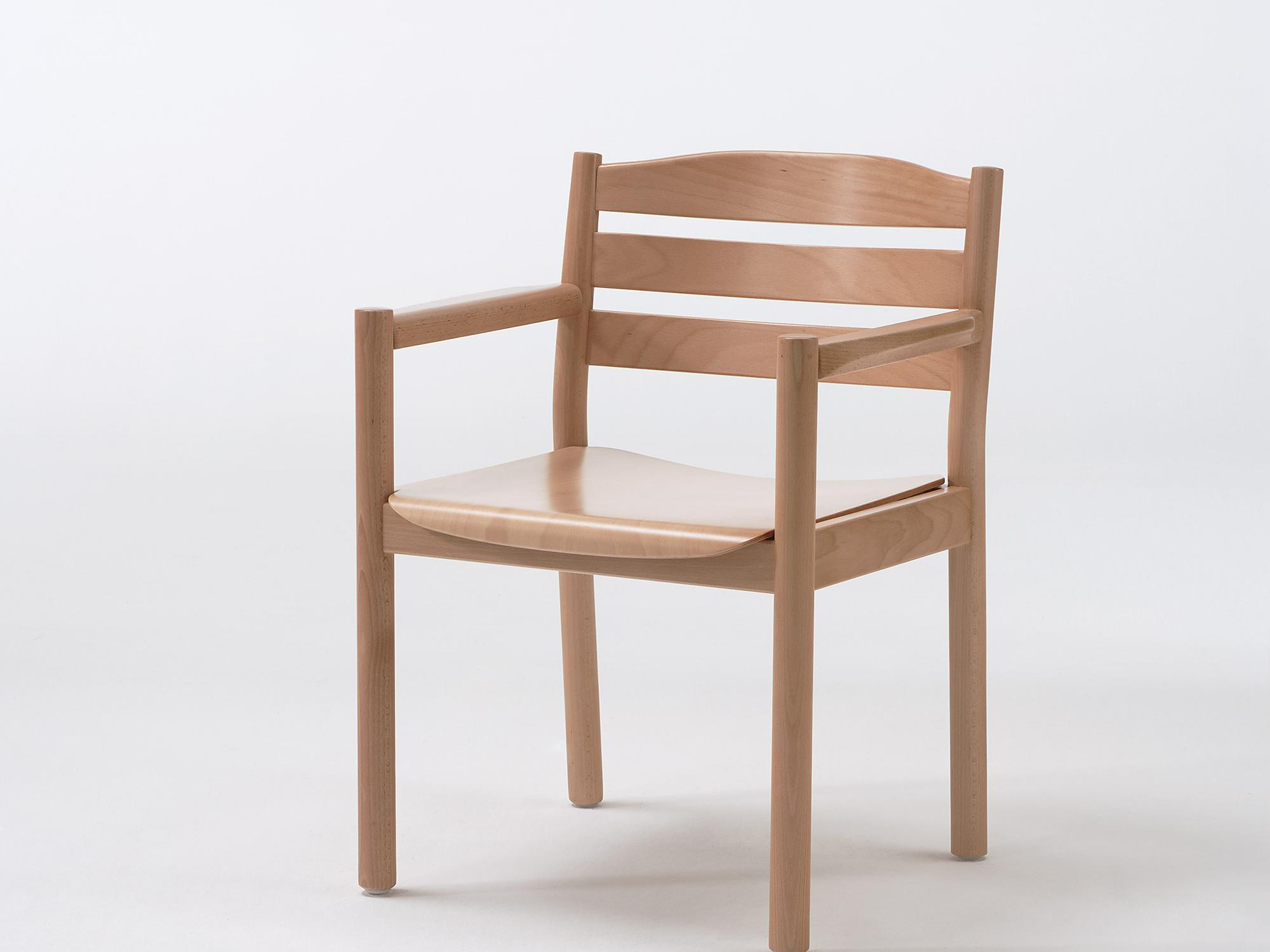 The Primo wooden armchair model