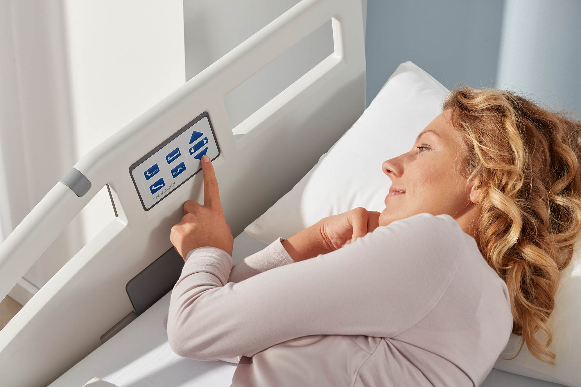 Patient level on the control panel of the Evario hospital bed
