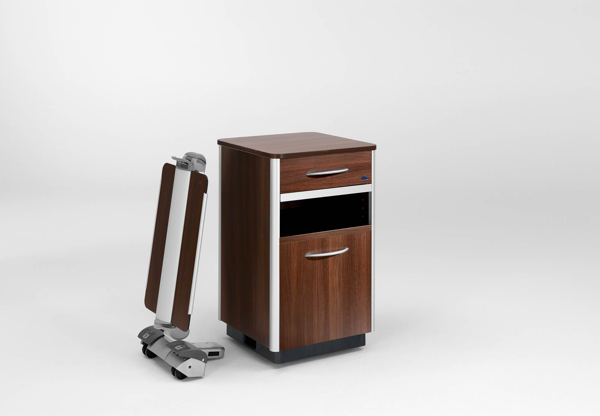 Optional overbed table on the Combino bedside cabinet